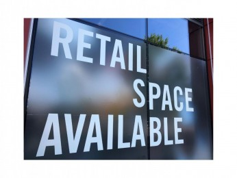 Lease Opportunity Laundromat Retail and Showroom Space Available # 5216CL